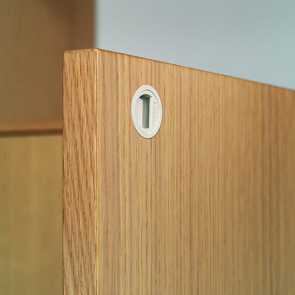 Retaining catches for wooden doors-1
