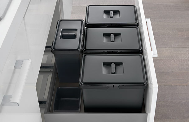 Waste bin systems<BR />Pull-out units