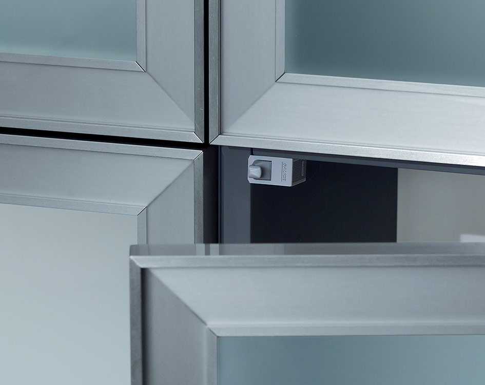 PUSH Metal profiles (20 mm) - Inset blind corner hinges-2